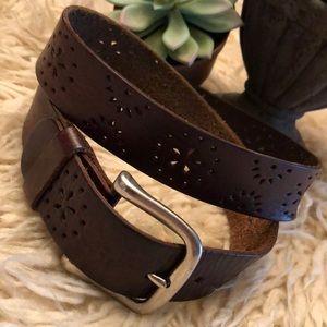 Wmns brown leather belt